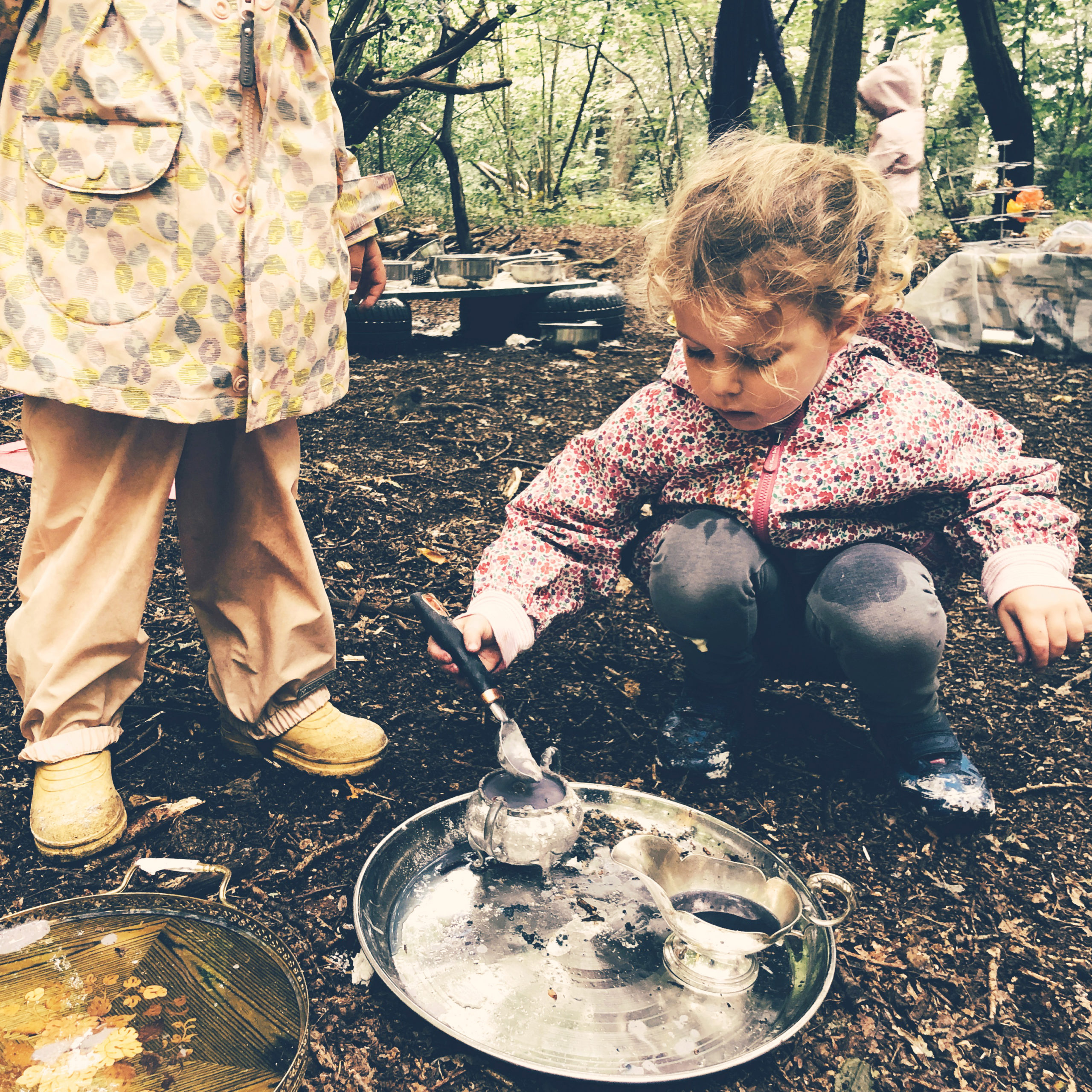 Barefoot and Buckets – TimberNook London